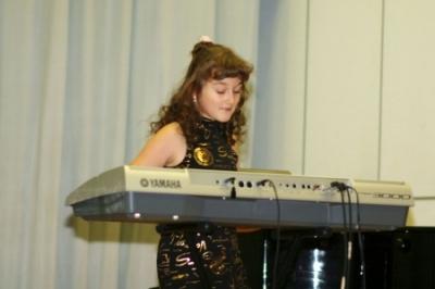 Столярова Анастасия, синтезатор